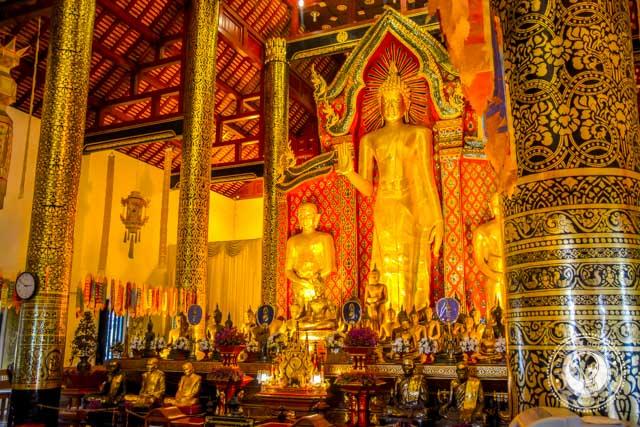 Wat Chedi Luang Worawihan Chiang Mai Thailand