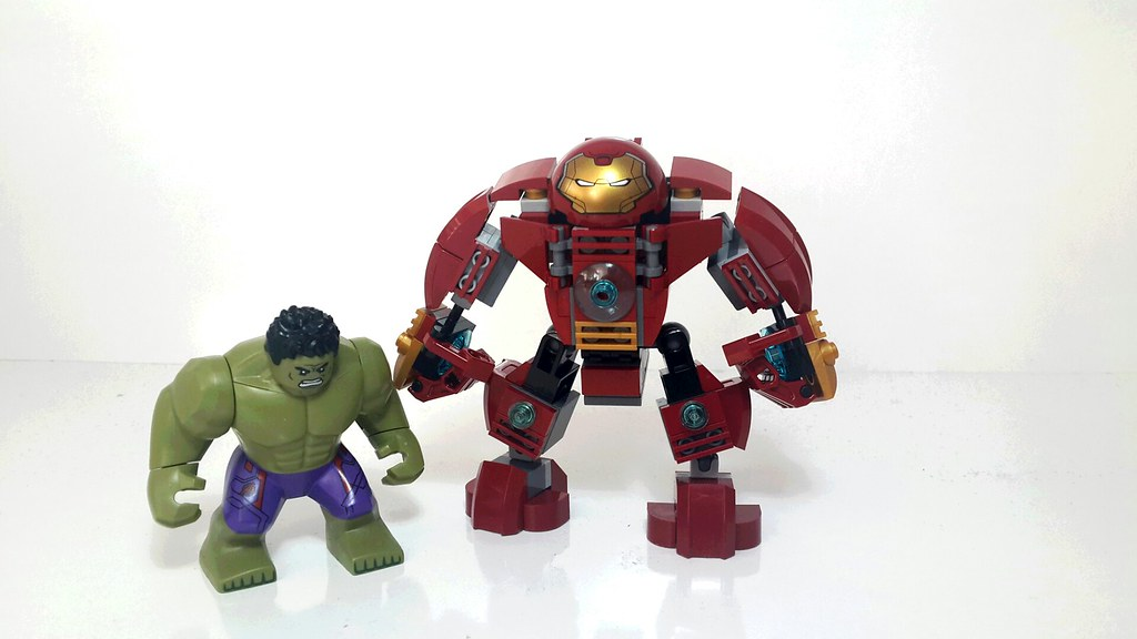 Hulkbuster-Hulk size comparison | Web-Slinger | Flickr