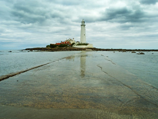 St Mary's lighthouse | by andy.peter