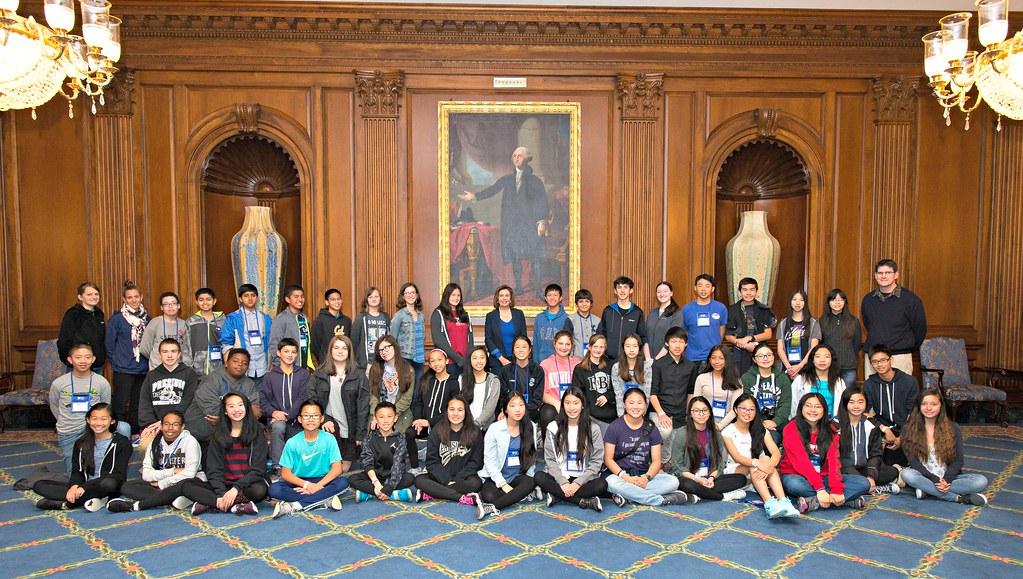 schoolloop presidio Congresswoman Pelosi meets Presidio Middle School Students…   Flickr