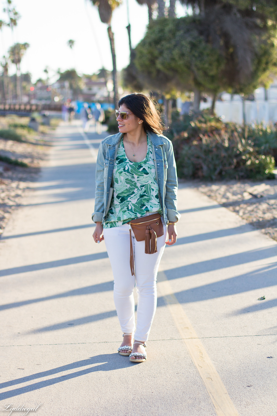 palm print blouse, white jeans, jeweled sandals, waist bag-6.jpg