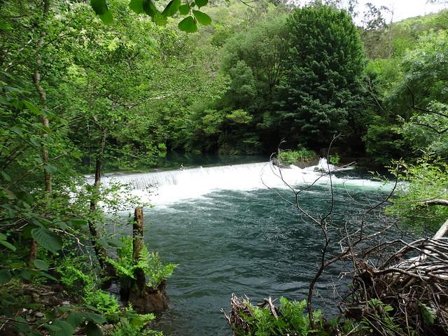 Represa en el río Eume