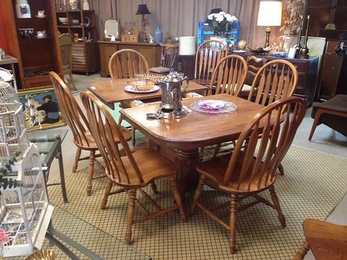 Custom Made Dining Room Tables Near Me
