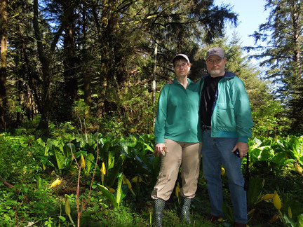 Patte Fenderson & Bob Svec, Earth Day 2012 | by North Coast Land Conservancy