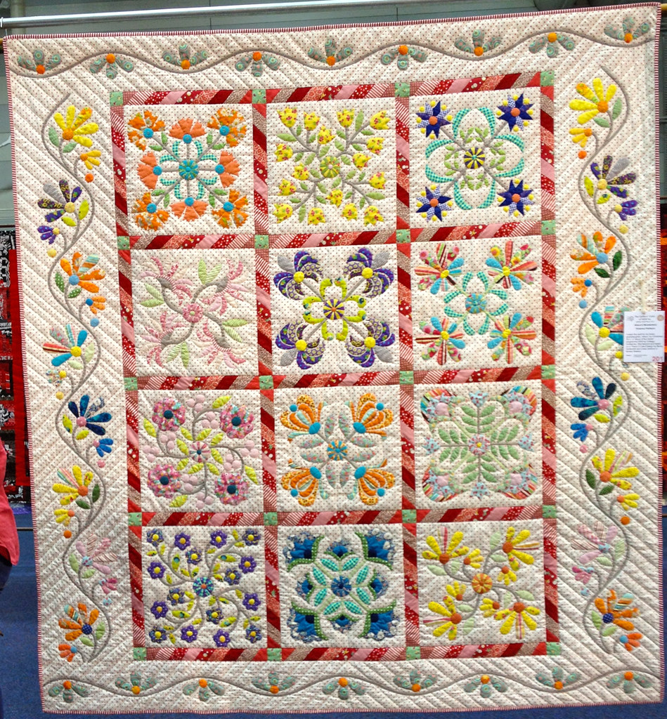 Quilts from the sydney craft and quilt fair 2012 blogged for Quilt and craft show