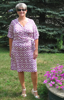 S2369 dress front | by sewmuchknitting.blogspot.com