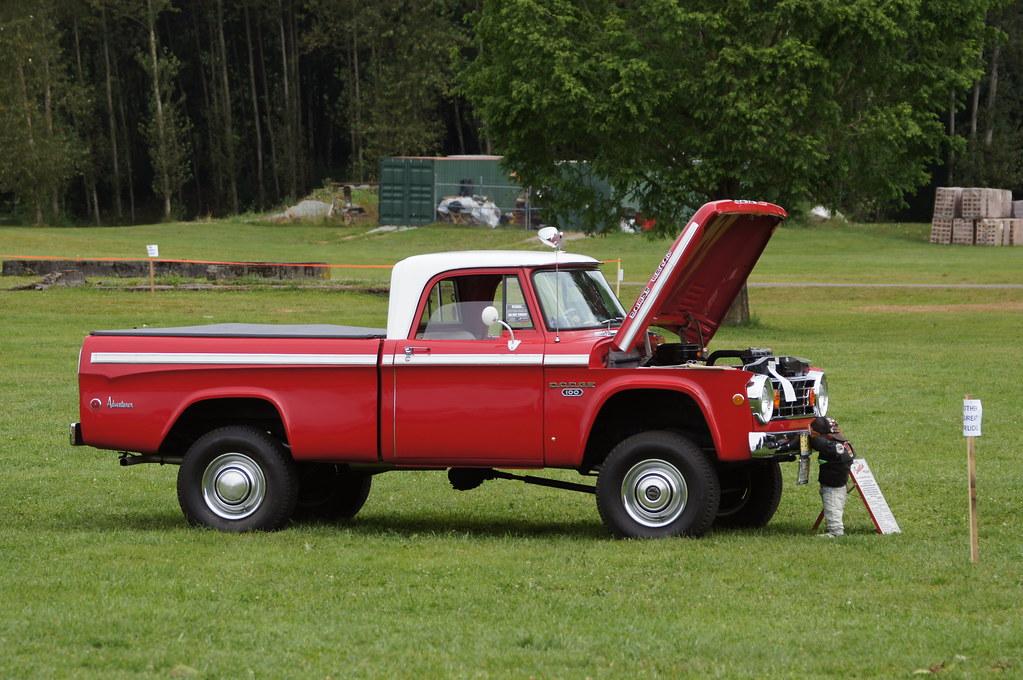 Dodge Power Wagon, Adventurer | 1966 Dodge W100 Sweptline ...