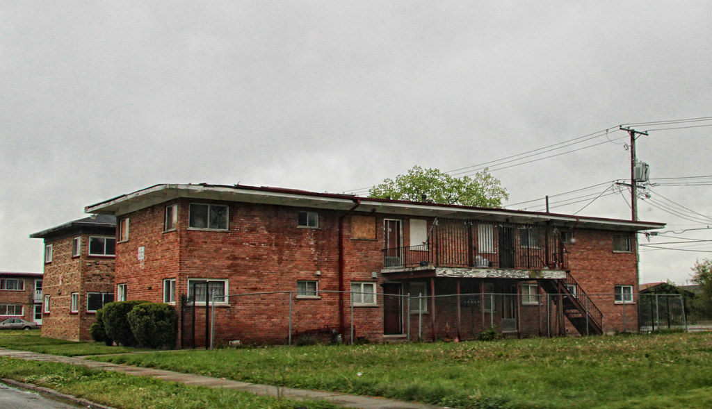 for sale cheap abandoned apartment buildings harvey il