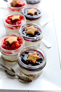 {No Bake} Berry Cheesecake Parfaits | Annie's Eats | by annieseats