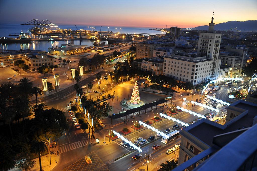 Vista del centro y puerto de Málaga