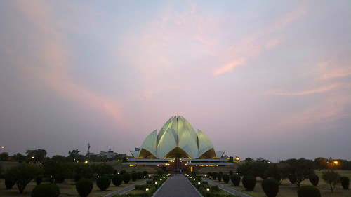 The Lotus Temple, New Delhi | by clintonjeff