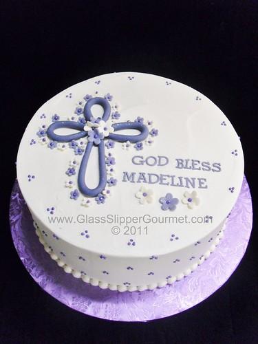 Icing Cake Design For Christening : Madeline s Baptism cake - 11132011.4gsg buttercream ...