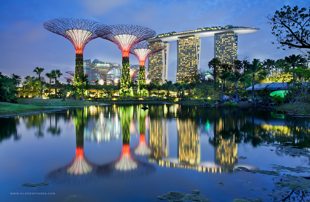 Gardens By The Bay And Marina Bay Sands Singapore Glen