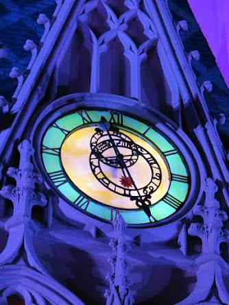 cinderella castle clock | clock on the cinderella castle