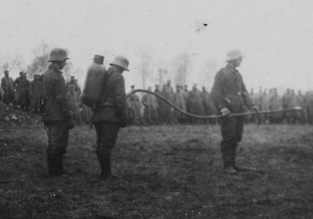 flamethrowers in world war 1 - photo #13