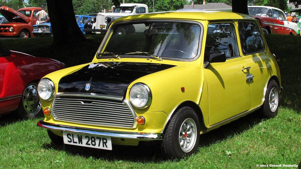 british leyland mini 1000 mr bean s car replica flickr