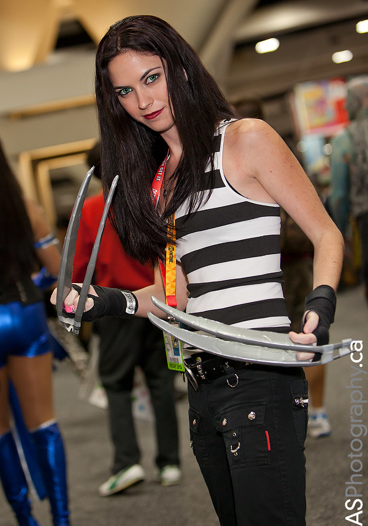 X 23 Costume X-23 at Comic-con SDCC...