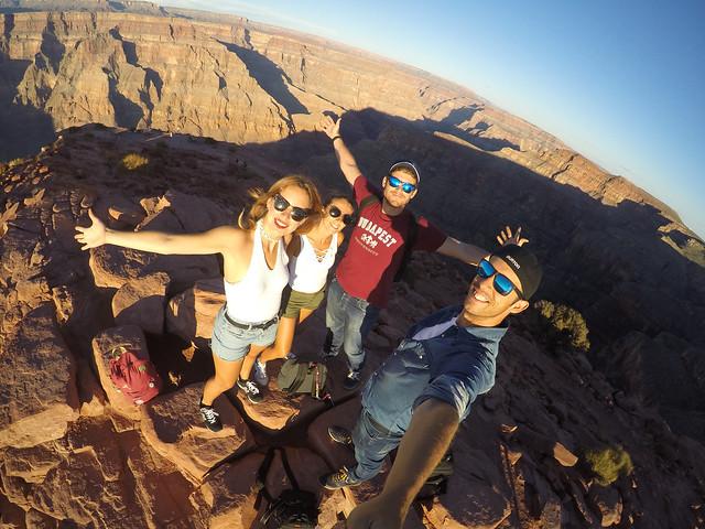 Atardecer en el Gran Cañón del Colorado en Estados Unidos, uno de las cosas que ver en la Costa Oeste que no te pueden faltar