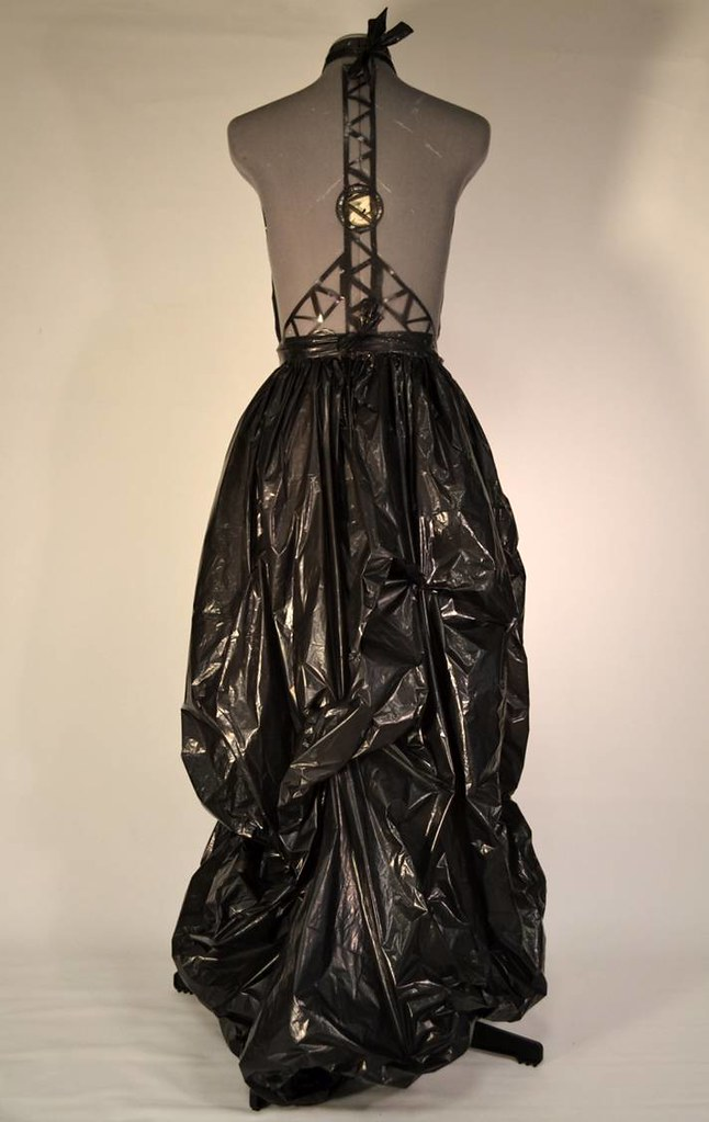 how to make a dress out of plastic bags