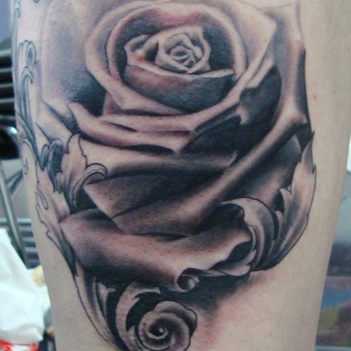 Shintotattoos frontfingertattoos ink rose tattoo gre for Washing a new tattoo