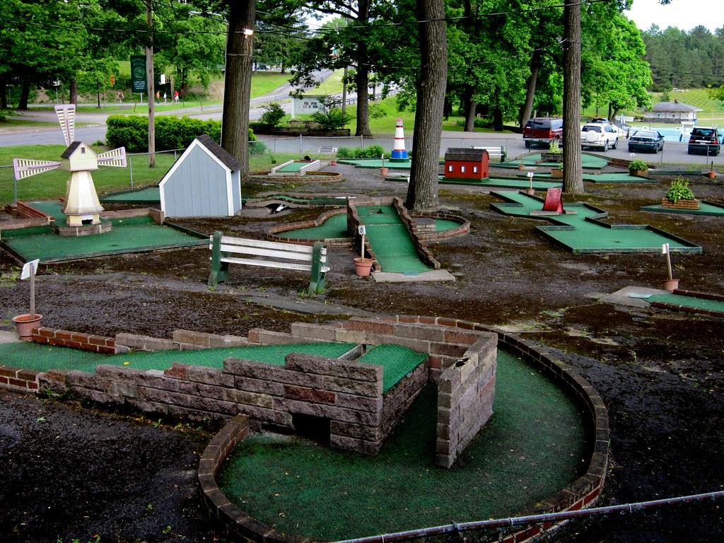 ... Miniature Golf   Weona Park Pen Argyl PA | By Mod Betty /  RetroRoadmap.com
