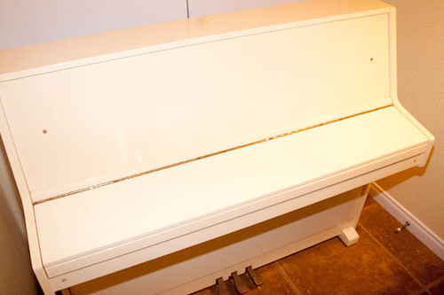 Young Chang Upright Piano | by Fab Finds Sale