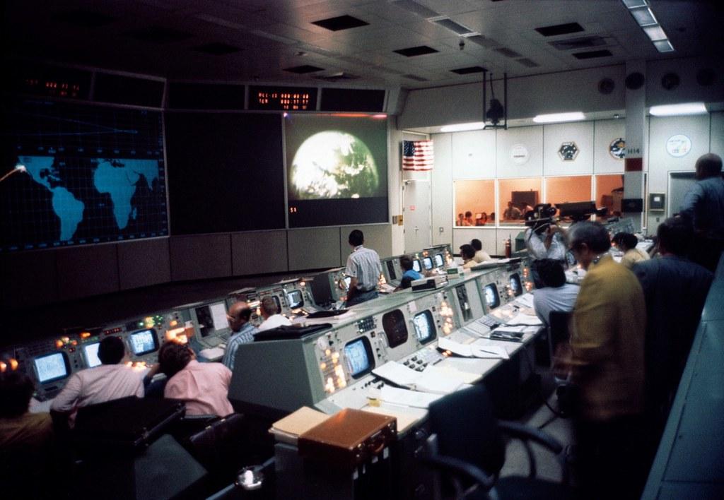 Apollo 16: Mission Control | Description: (April 16, 1972 ...