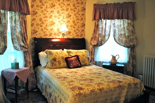 Inn on Poplar Hill Rose Room | by PoplarHill