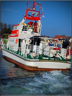 rescue me  -  Lifeboat in action | by Ostseeleuchte