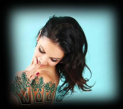 Lingerie_brunettes_women_denise_milani_desktop_2592x3888_w