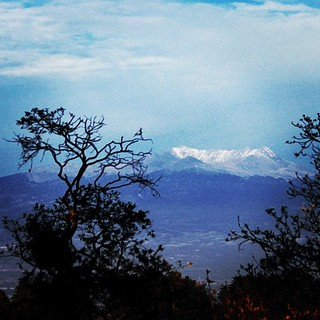 The volcano had a fresh dusting of snow this morning #xinantecatl | by Geninne