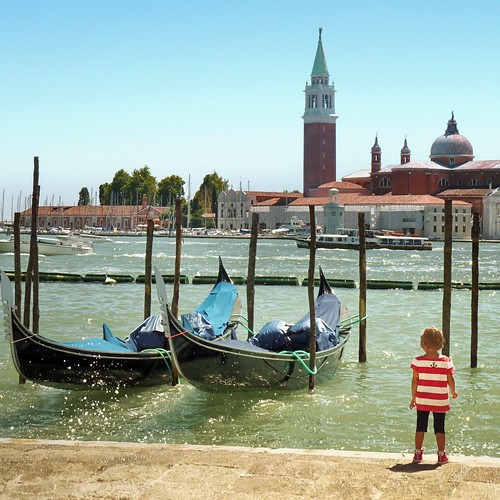 Venice soon to have a female gondolier | by B℮n