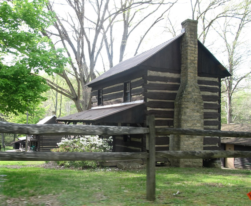 Camp Muffly Log Cabins A 4 H Camp In West Virginia Has
