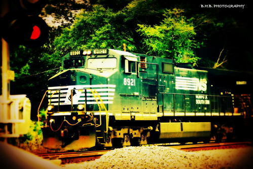 Norfolk Southern Train 8921 | by † B.H.B. PHOTOGRAPHY †