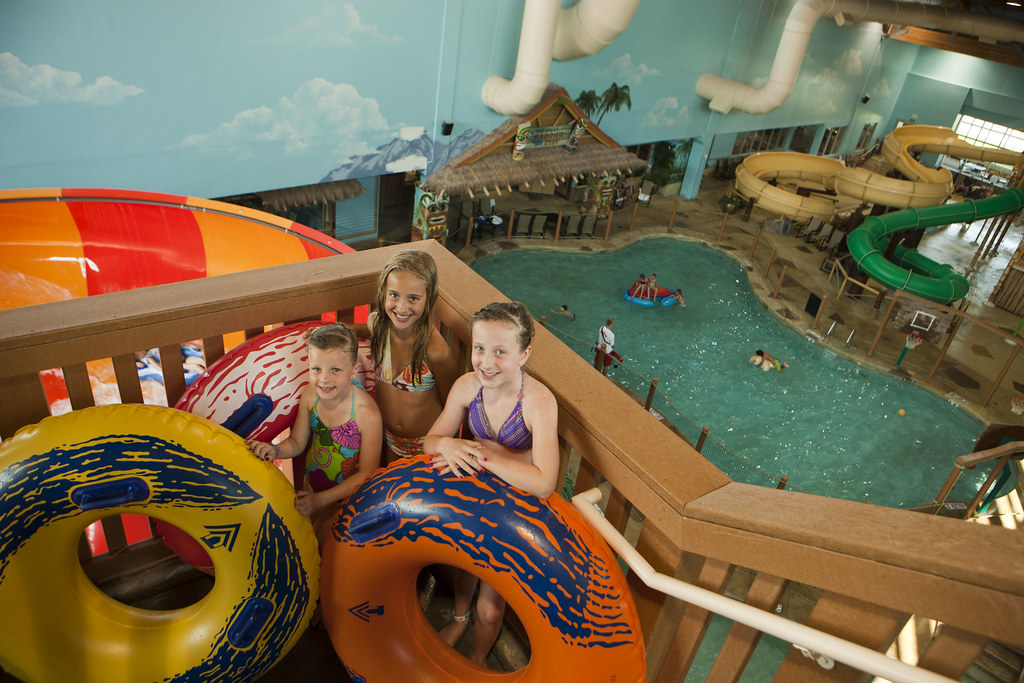 Splasher 39 S Water Park In The Canad Inn Destination Center