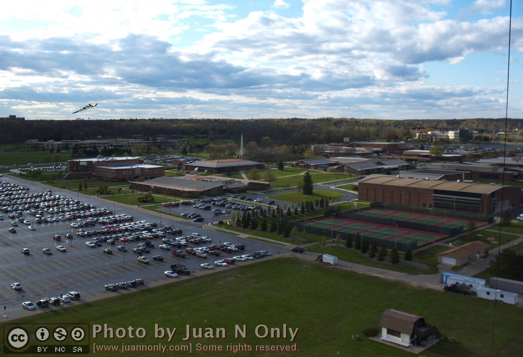 Schoolcraft College - Kite Over Schoolcraft College [3789] | Photo taken by a came ...