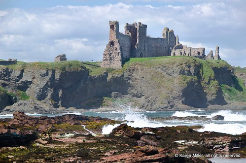 Tantallon Castle from Seacliff Beach | by Karen Miller Photography