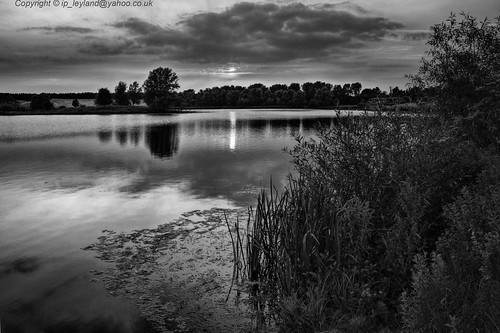Willen lake B&W | by Ian.L