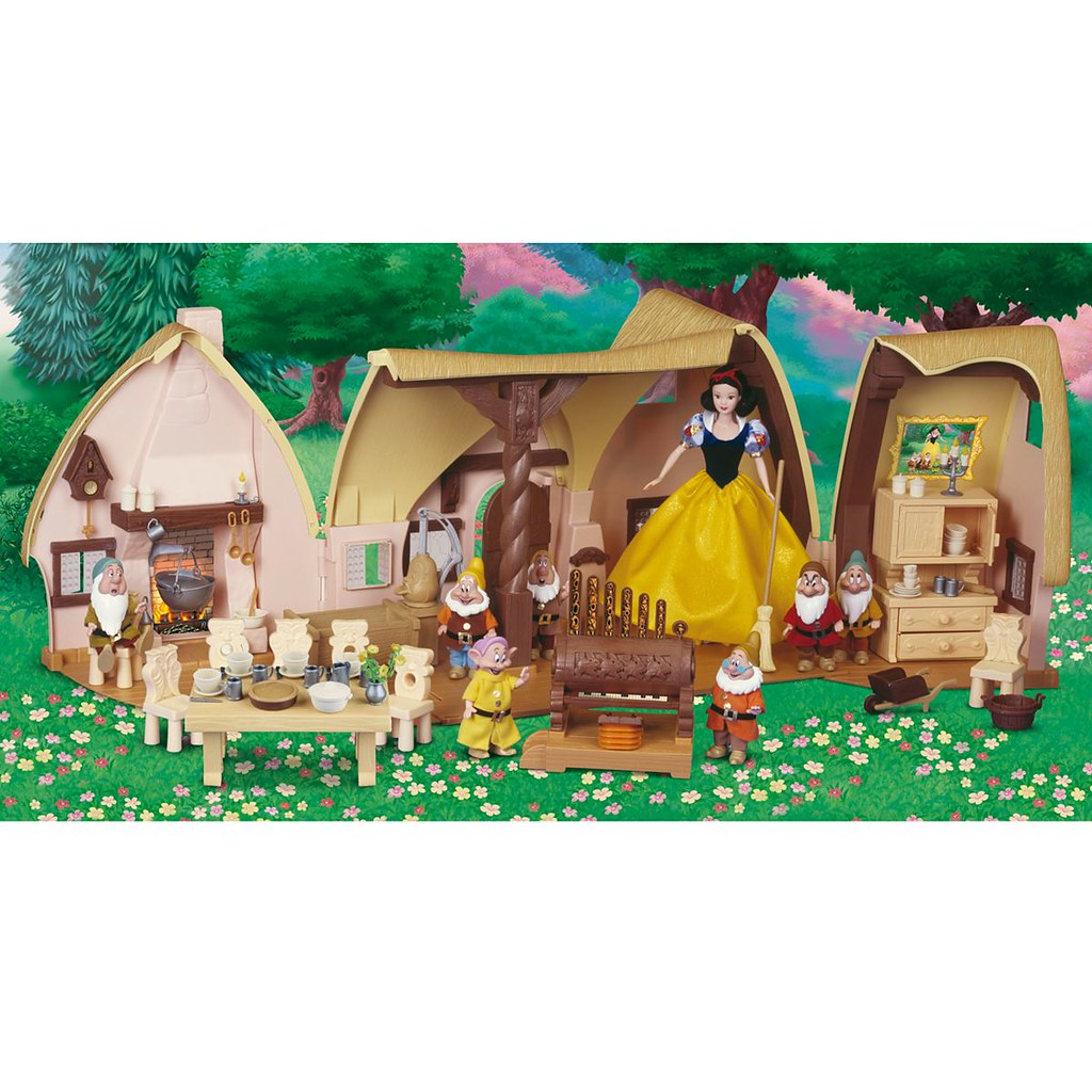 2009 snow white and the seven dwarfs cottage play set di flickr rh flickr com