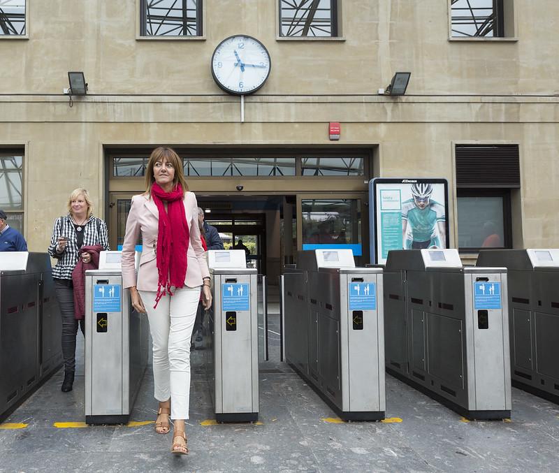 Idoia Mendia visita la estación de Altza
