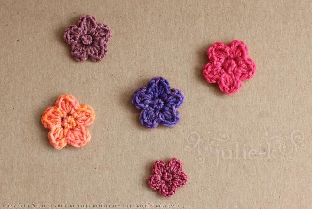 Tiny Flower Crochet Pattern Blogged Here Julie Kundhi Flickr