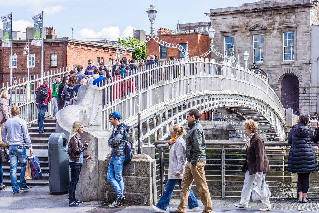 Ha Penny Bridge In Dublin Up To 1816 The Year The Ha