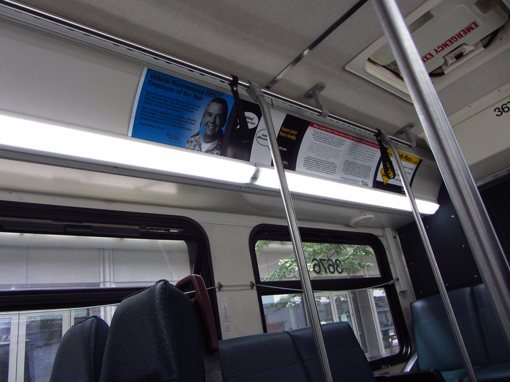 king county metro 2003 new flyer d40lf interior  3676