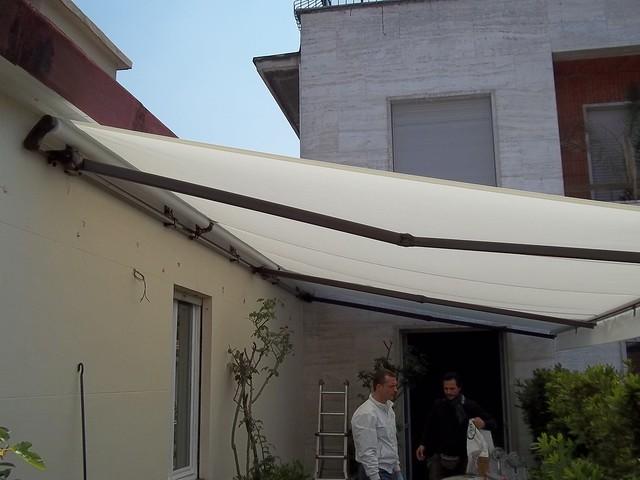 Tenda da sole di grandi dimensioni Torino