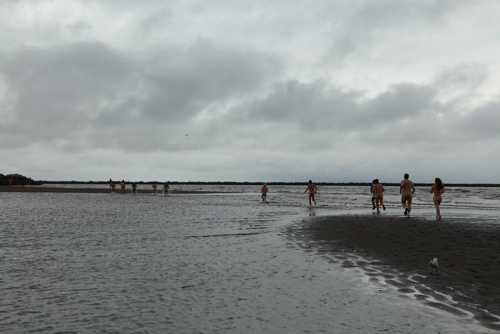 Wreck Beach 2012 16th Annual 5k Wreck Beach Bare Buns Run 2012 Flickr Photo Sharing