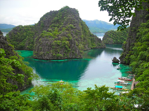 Boat pier at Kayangan Lake, Coron Island, Palawan Philippines | by arbung
