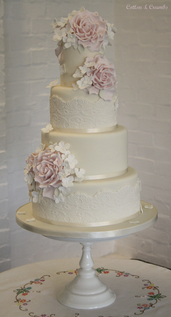 Vintage Wedding Cake Delivered To Ecton Village Hall Today Flickr