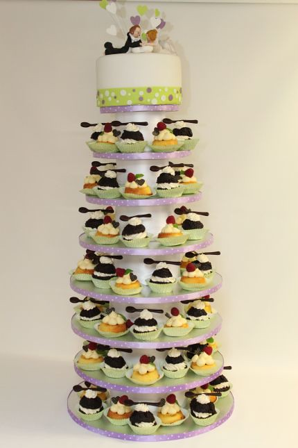 V Cupcakes Tower Cupcakes Turm Tolle Alternative Zur Klass Flickr