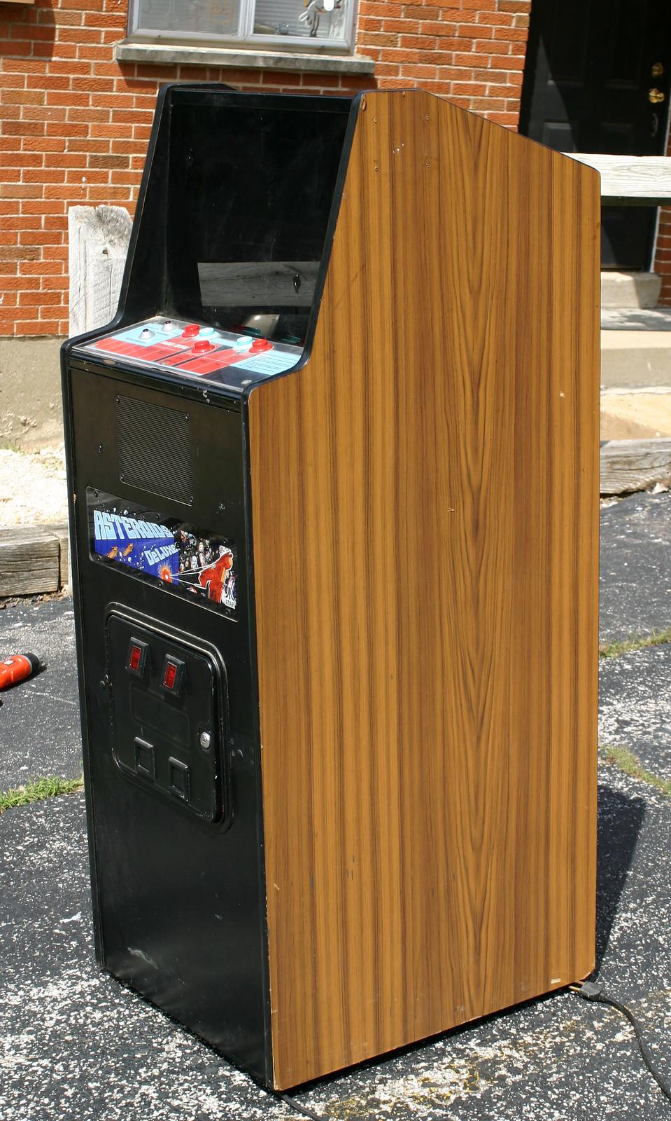 Atari Asteroids Deluxe Cabaret Arcade Game   Flickr