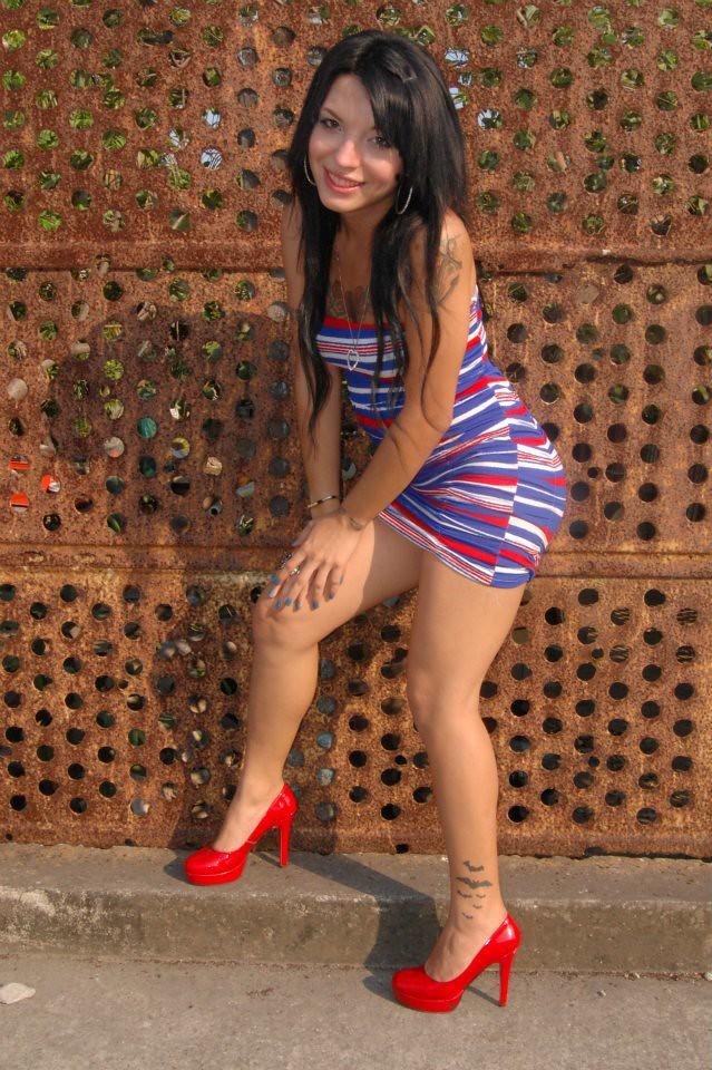 Kim Fuentes  Modeling For Pher Bars  Kim Fuentes Kaoz -6508